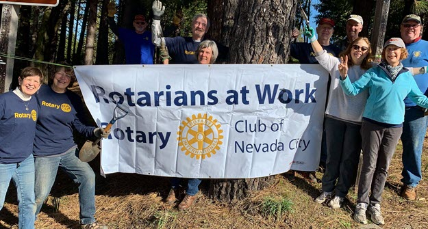 Nevada City Rotary planting time at Penzance Park